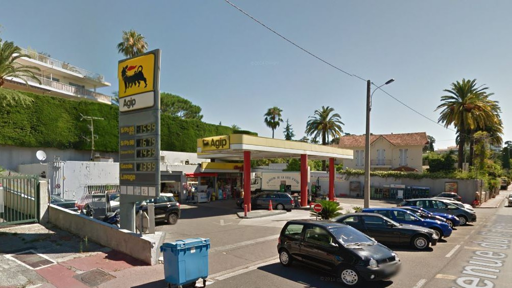 Cannes City Life - Station Agip La Bocca