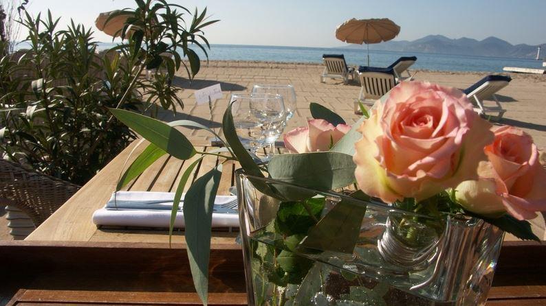 Cannes - VEGALUNA Plage - La Croisette