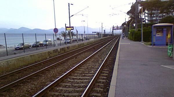 Cannes - Gare SNCF Cannes la bocca
