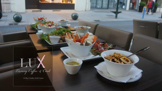 Cannes City Life - Lux café