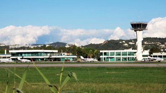 Cannes - Aéroport de Cannes - Mandelieu